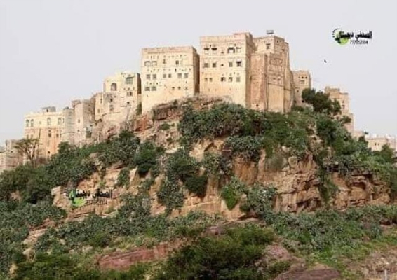 Houthis turn historical fort in Mahwit into prison